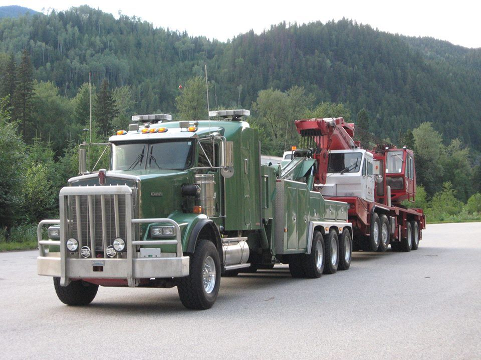 Quiring Towing Recovery The Green Goblin With Images Tow Truck Kenworth Trucks Trucks