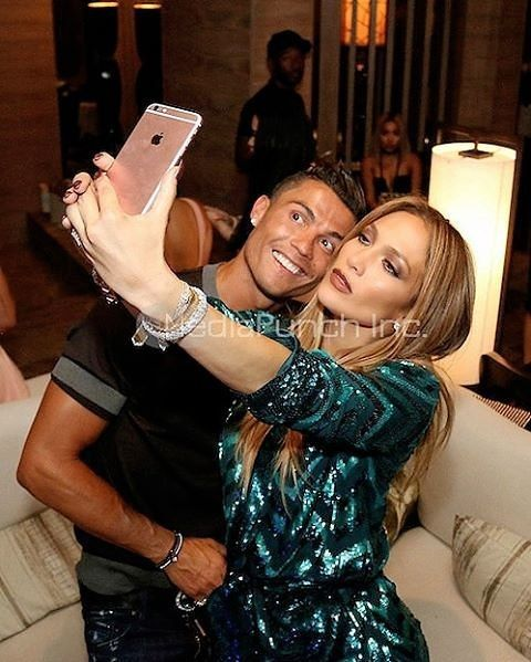 @cristiano with@jlo ❤❤ This pic ❤❤❤