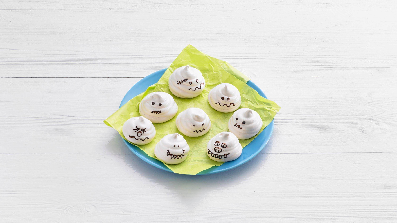 Meringue 'ghost' cookies – Savory