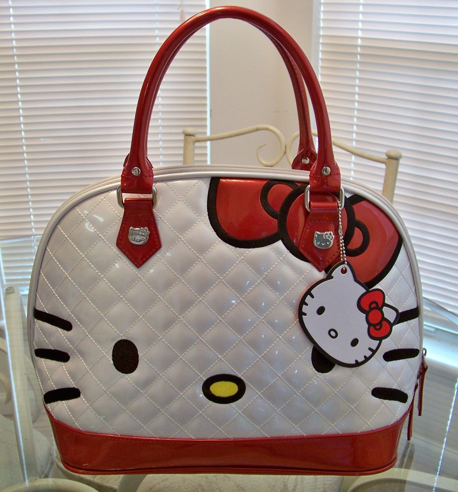HELLO KITTY Quilted White Red Patent Dome Satchel Bag by Loungefly ... : hello kitty quilted purse - Adamdwight.com