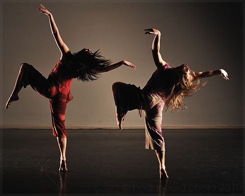 2 See A Modern Dance Performance With Images Modern Dance Dance Photography Dance Life
