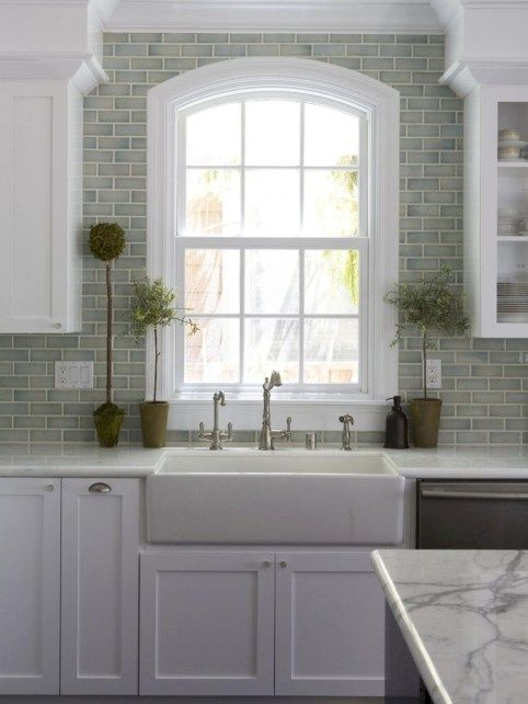 Stunning Modern Farmhouse Kitchen Sink Ideas 08 | Kitchen sinks ...