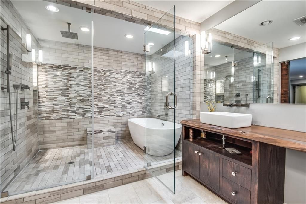 6310 Brook Lake Dr Dallas Tx 75248 Mls 13755158 Zillow Bathroom Remodel Designs Master Bath Remodel Dream Bathrooms