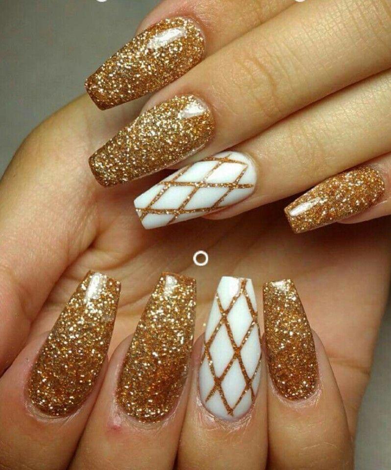 My holiday nails this year Gold nail designs, Gold nails
