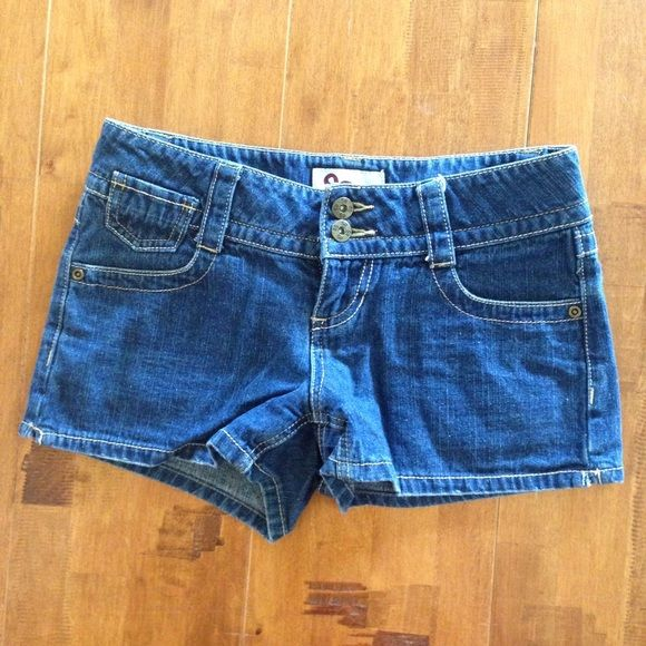 Selling this ✨Denim Shorts✨ in my Poshmark closet! My username is: mknutson21. #shopmycloset #poshmark #fashion #shopping #style #forsale #Denim