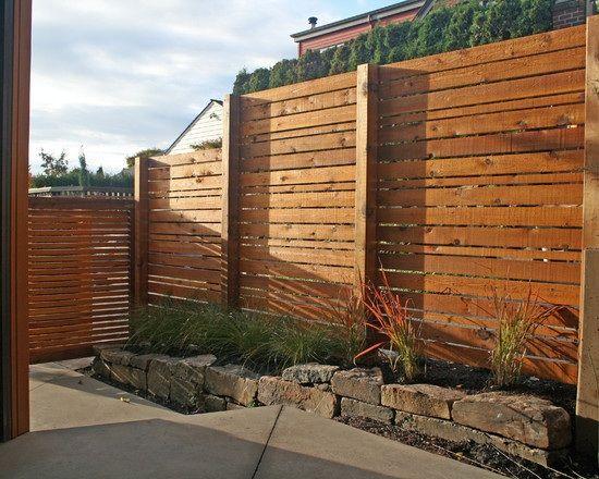 gartenzaun holz idee sichtschutz vorgarten stein deko gräser, Moderne