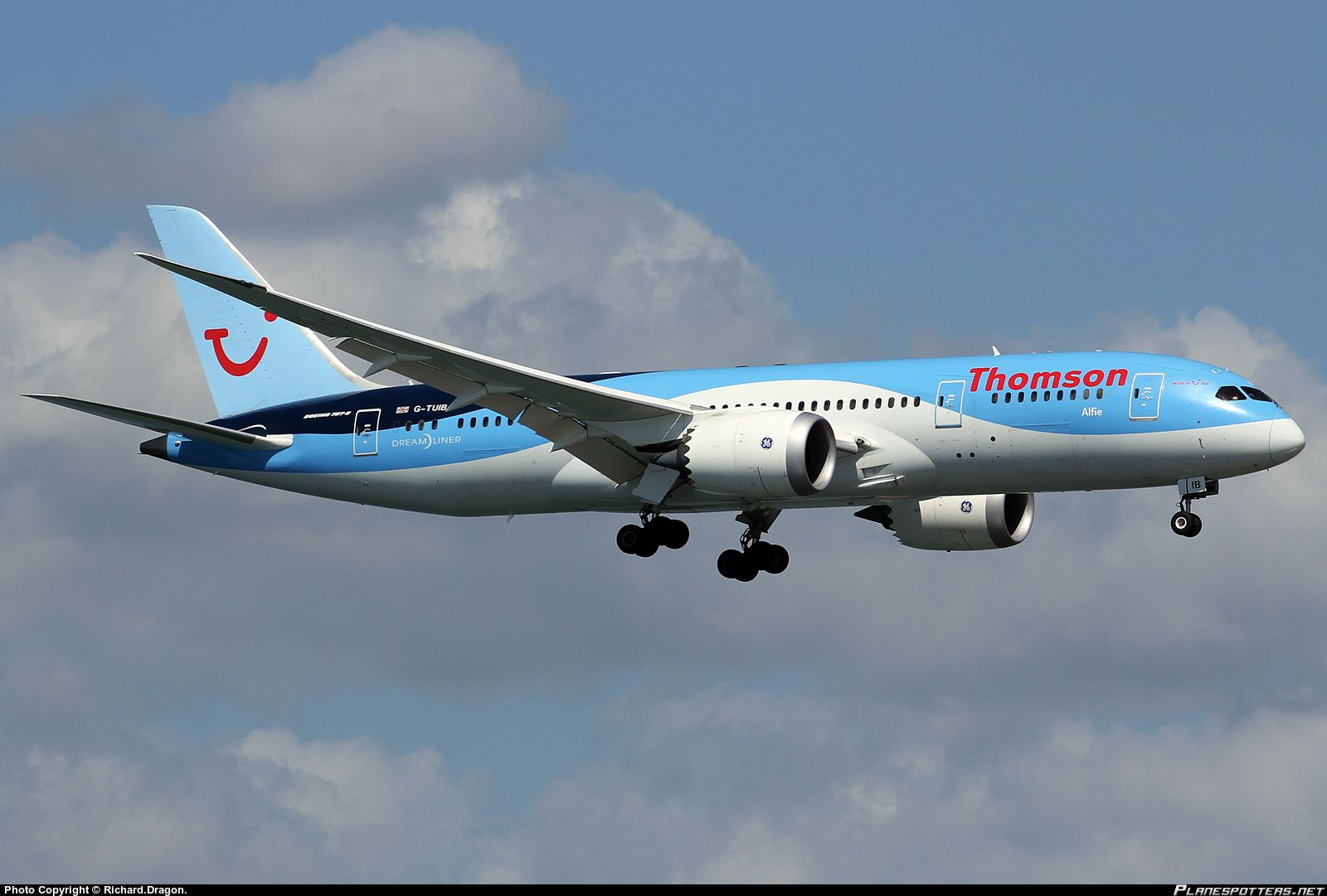 TUI-Thomson 787-9 (G-TUIJ) | Thomson Airways Boeing 787-8 ...