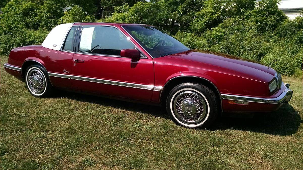 1993 buick riviera 2 door luxury coupe image 1 of 18