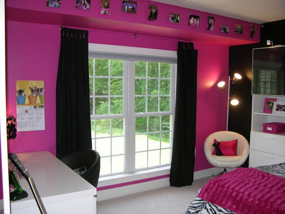 Lexieu0027s Hot Pink And Black Zebra Bedroom   Girlsu0027 Room Designs   Decorating  Ideas