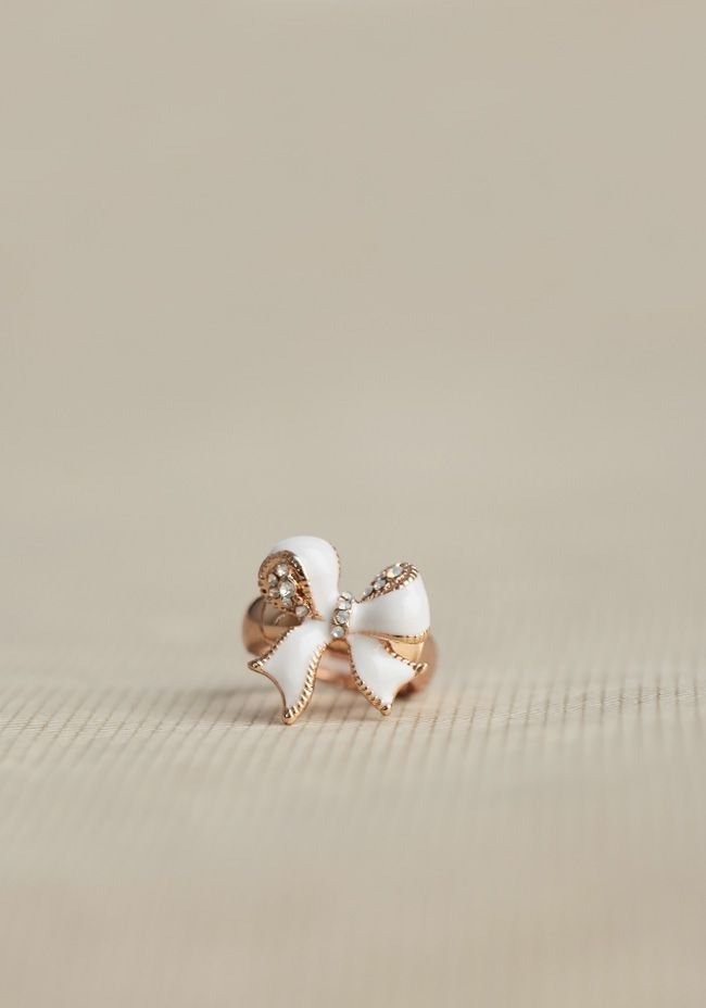 Fairytale Bow Ring at #Ruche @mimi ヾ(^∇^)
