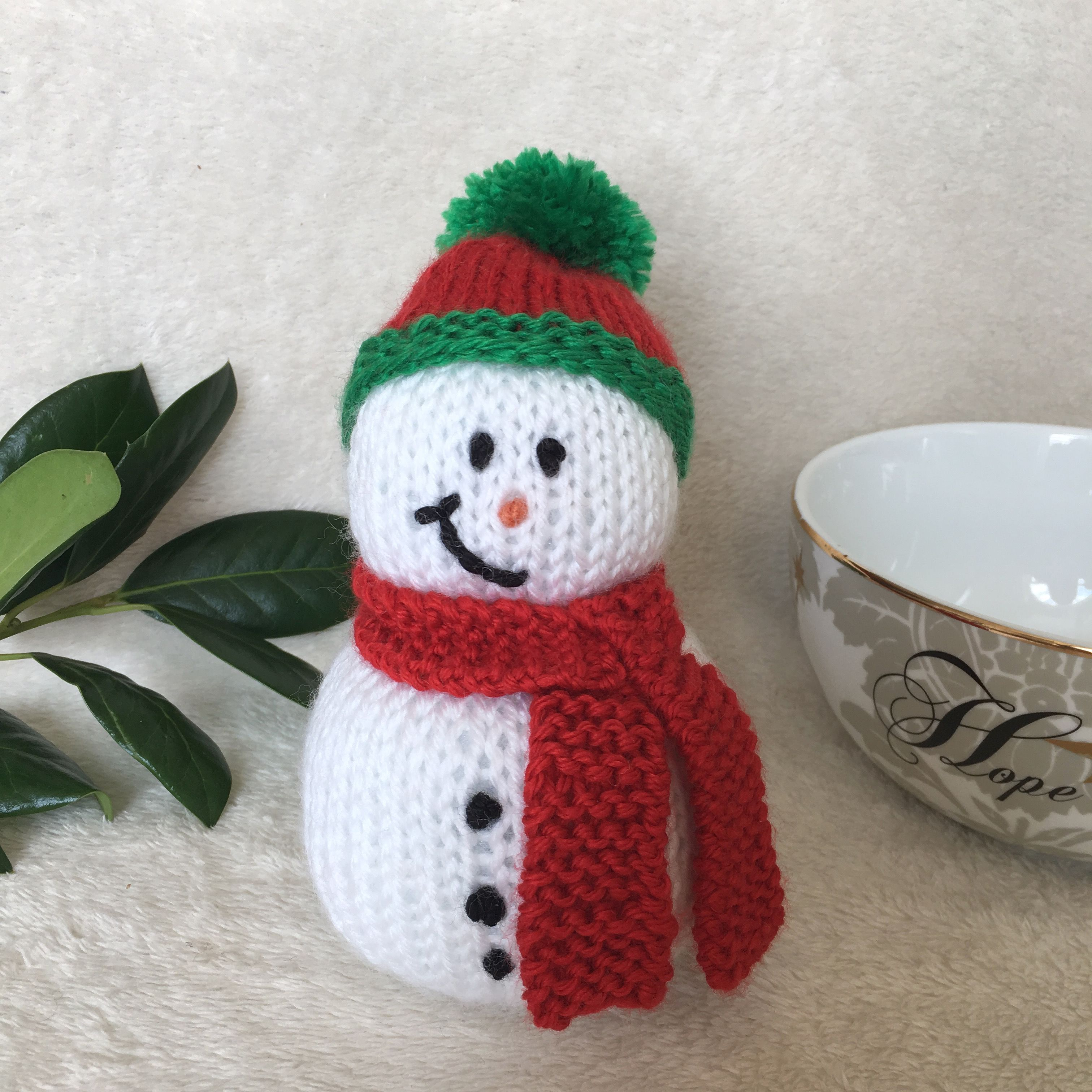 Jules Knitwear design # christmasinjuly #christmasinnewyork #christmasinteriors #christmasideas #christmascrafts #christmasart #christmasfeeling #christmasvibes #hatandscarfweather #hatandscarfseason #snowman #snowmandecor #snowmanart #snowmania #snowmancraft #snowmanhat #snowmancollection #snowmanseason #snowmanmaker #mooresville #mooresvillenc #mooresvillestrong #mooresvillemoms #mooresvillerealtor #mooresvillerealtor #mooresville_nc #mooresvilleshopping #knitsnowman #knittedsnowman