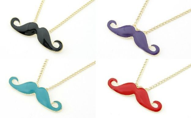 moustache-necklace