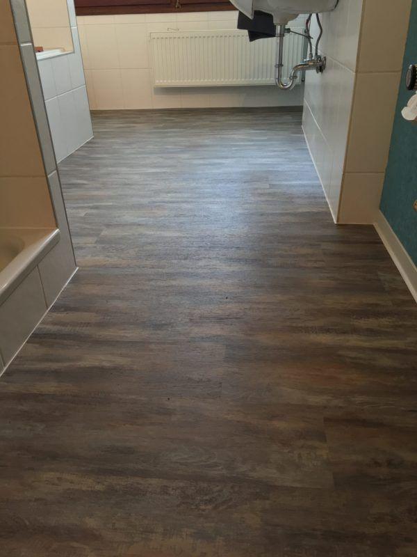 Fliesenboden renovieren - schnell  staubfrei - parkett für badezimmer