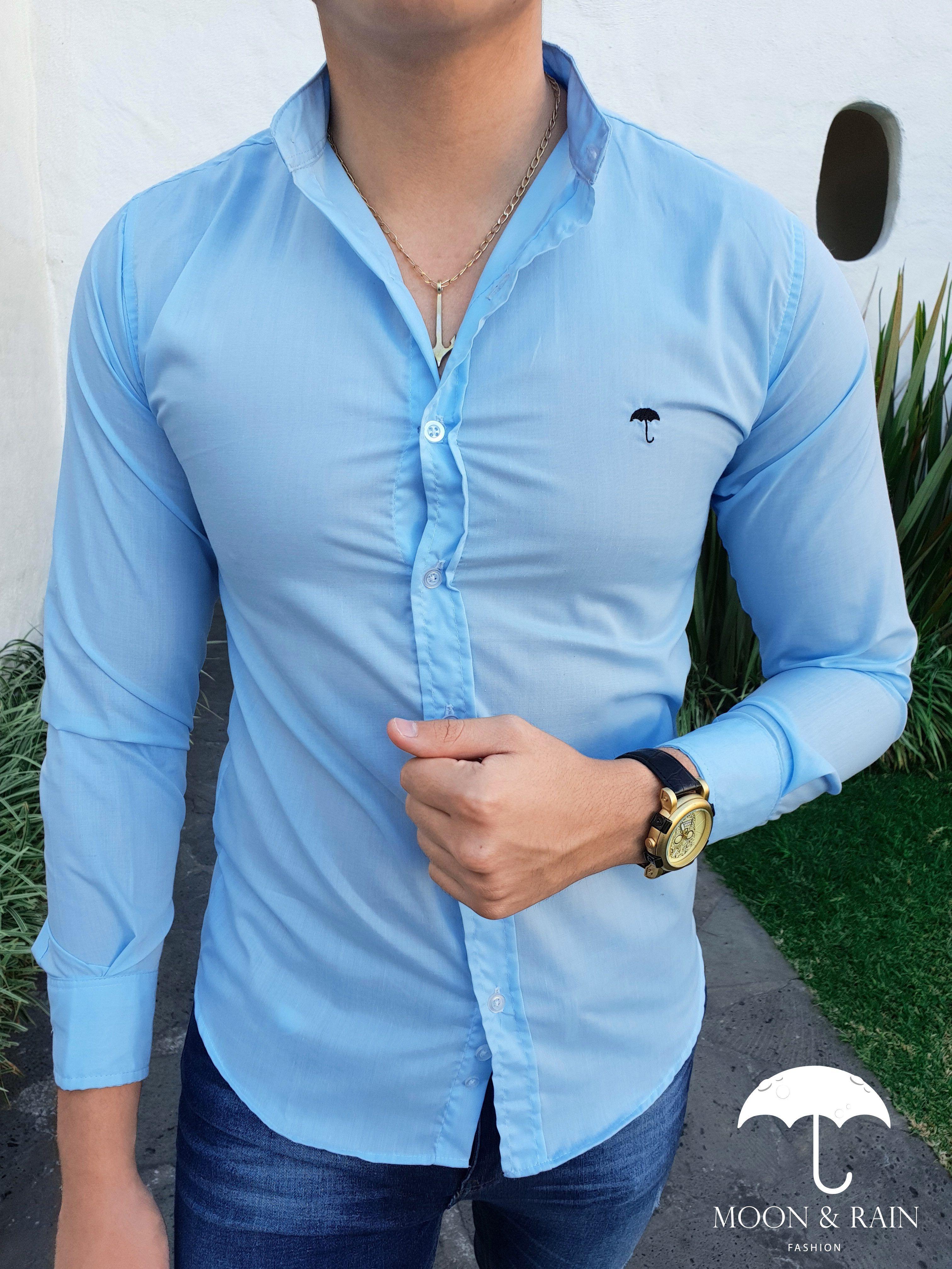 Outfit para hombre; camisa slim fit azul cielo de cuello mao ...