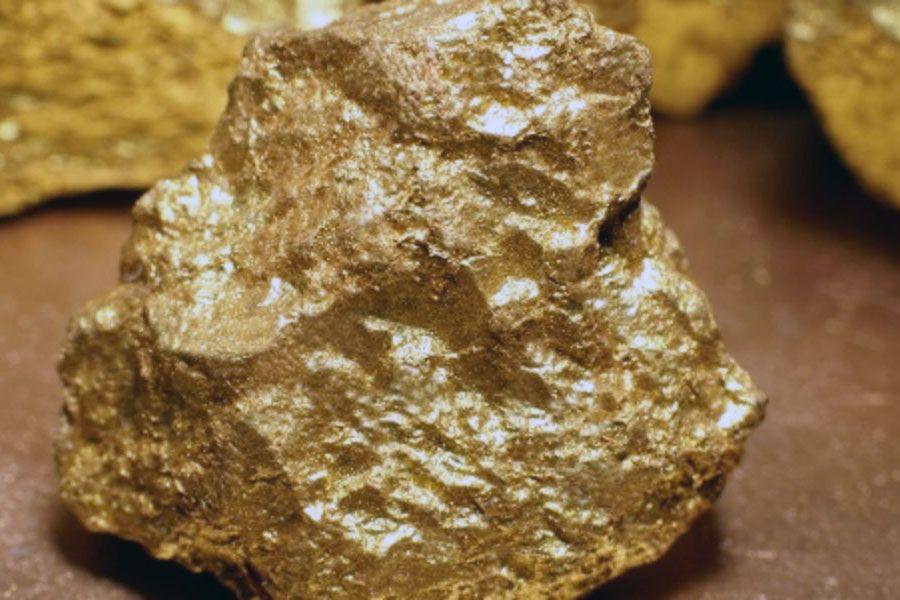 كيف يتم صنع جهاز كشف الذهب وفحص المعادن تحت الأرض اكتشف ما هي الأدوات Gold Detector Metal Detector Gold Metal
