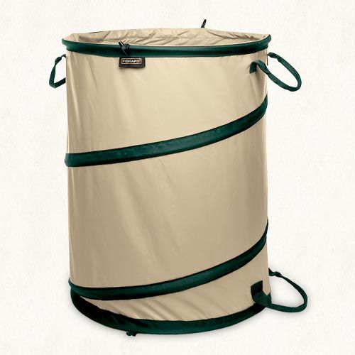 6c360f0d3c86f6a51c5b1f3431af1987 - Fiskars 30 Gallon Kangaroo Gardening Bag