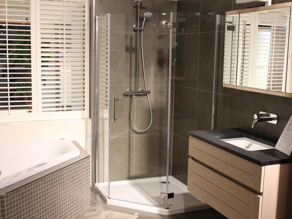 Inloopdouche Met Hoek : Inloopdouche hoek badkamer pinterest