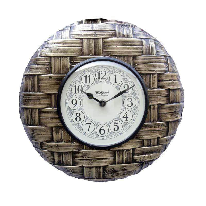 Buy designer wall clocks online mumbai at best price This clock