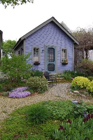 One of a Kind Bed and Breakfast Burlington, vt | Bed and ...