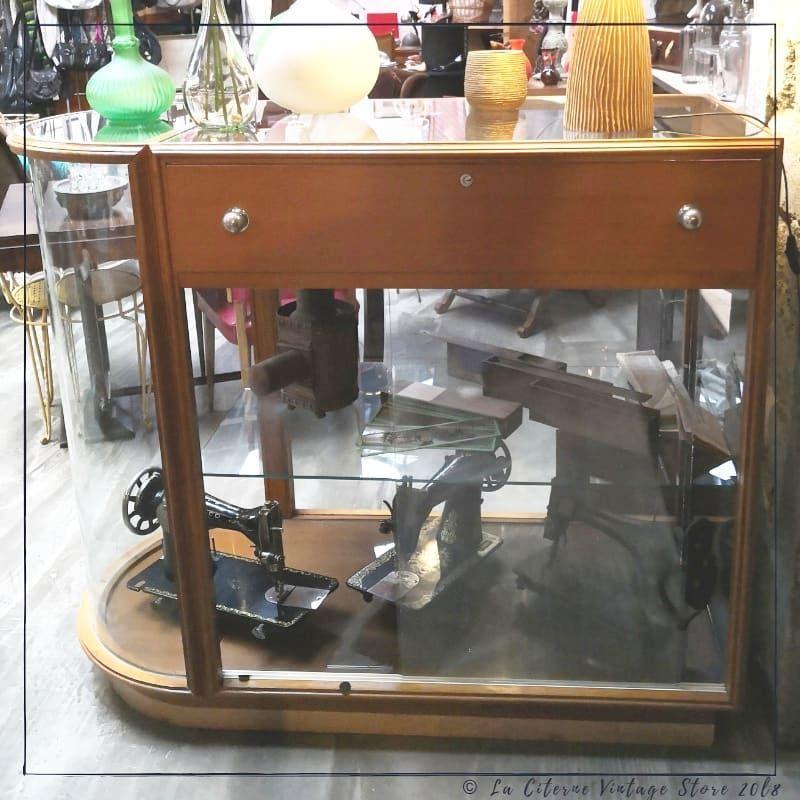0 Mentions J Aime 0 Commentaires La Citerne Vintage Store Laciternevintagestore Sur Instagram Quot Ne Rien Ca Entryway Tables Vanity Mirror Home Decor