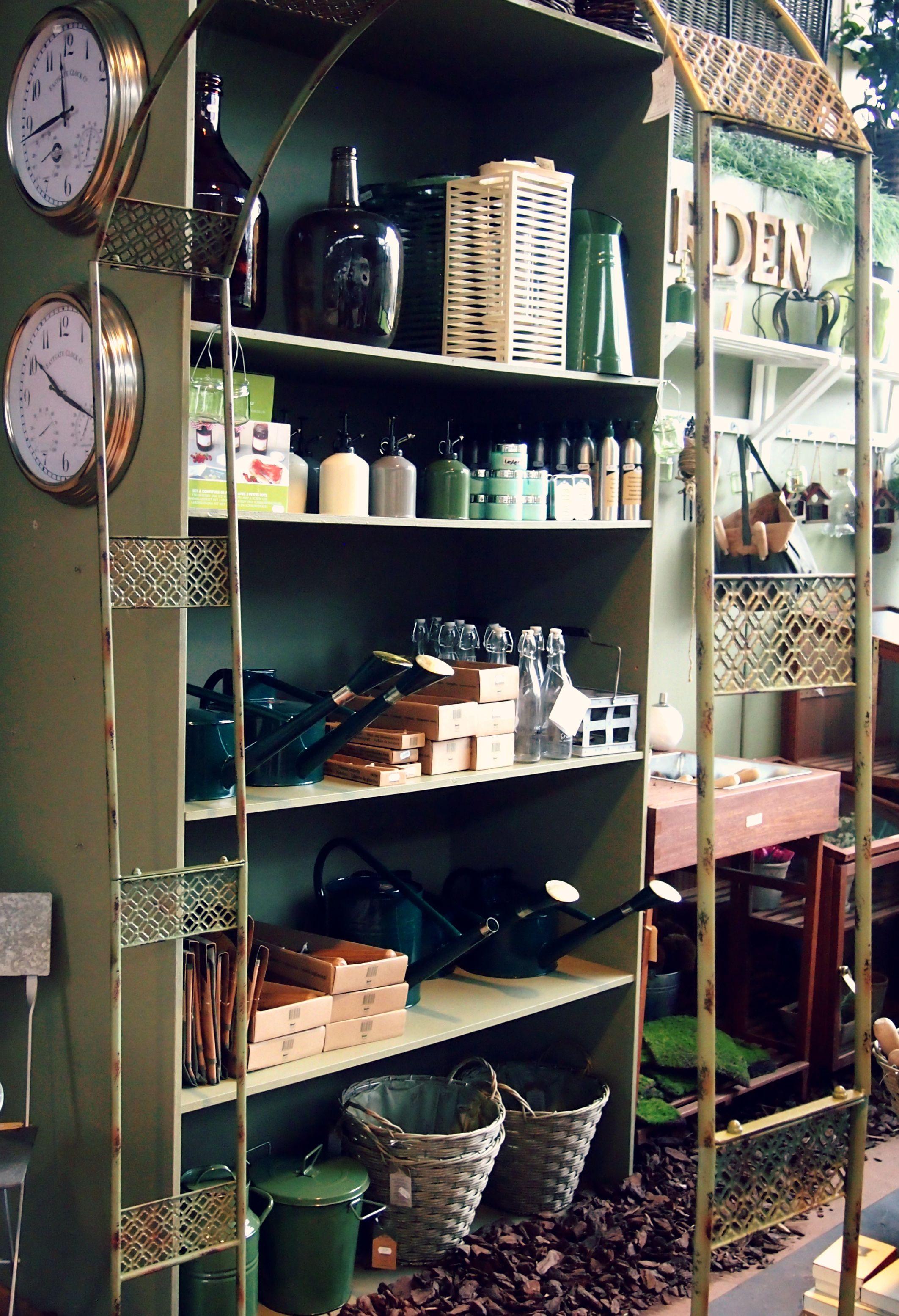 Tuinhuis inrichting details warme groene accenten for Living accessoires