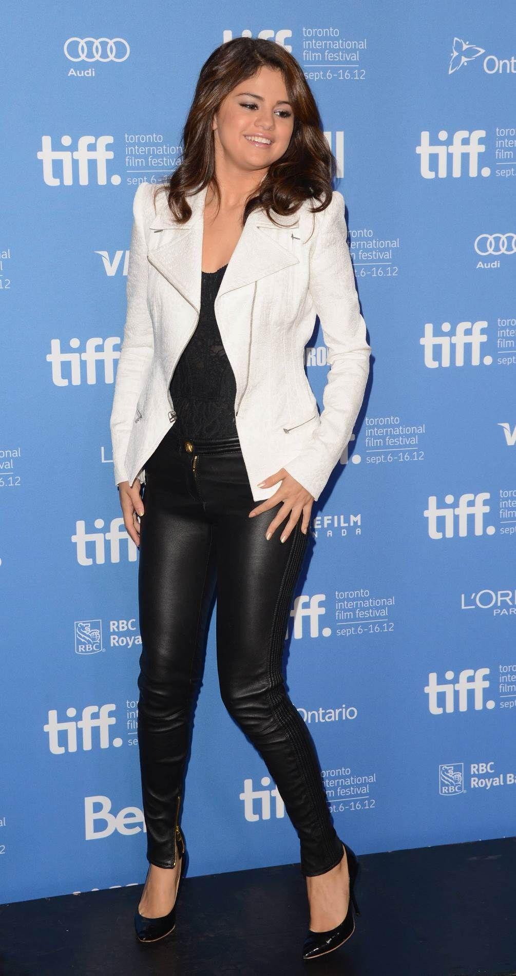 Pin by Fashion Dolling on Selena Gomez | Selena gomez hot ...