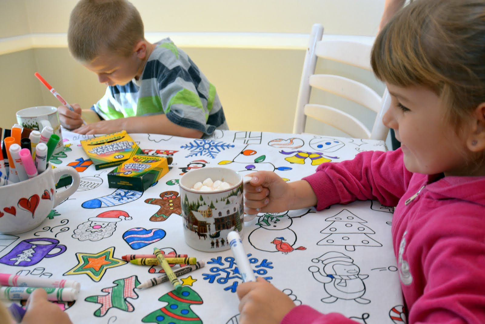 Baking Cookies While The Kids Color Awesome Business For Kids Holiday Tablecloths Mess Free Craft