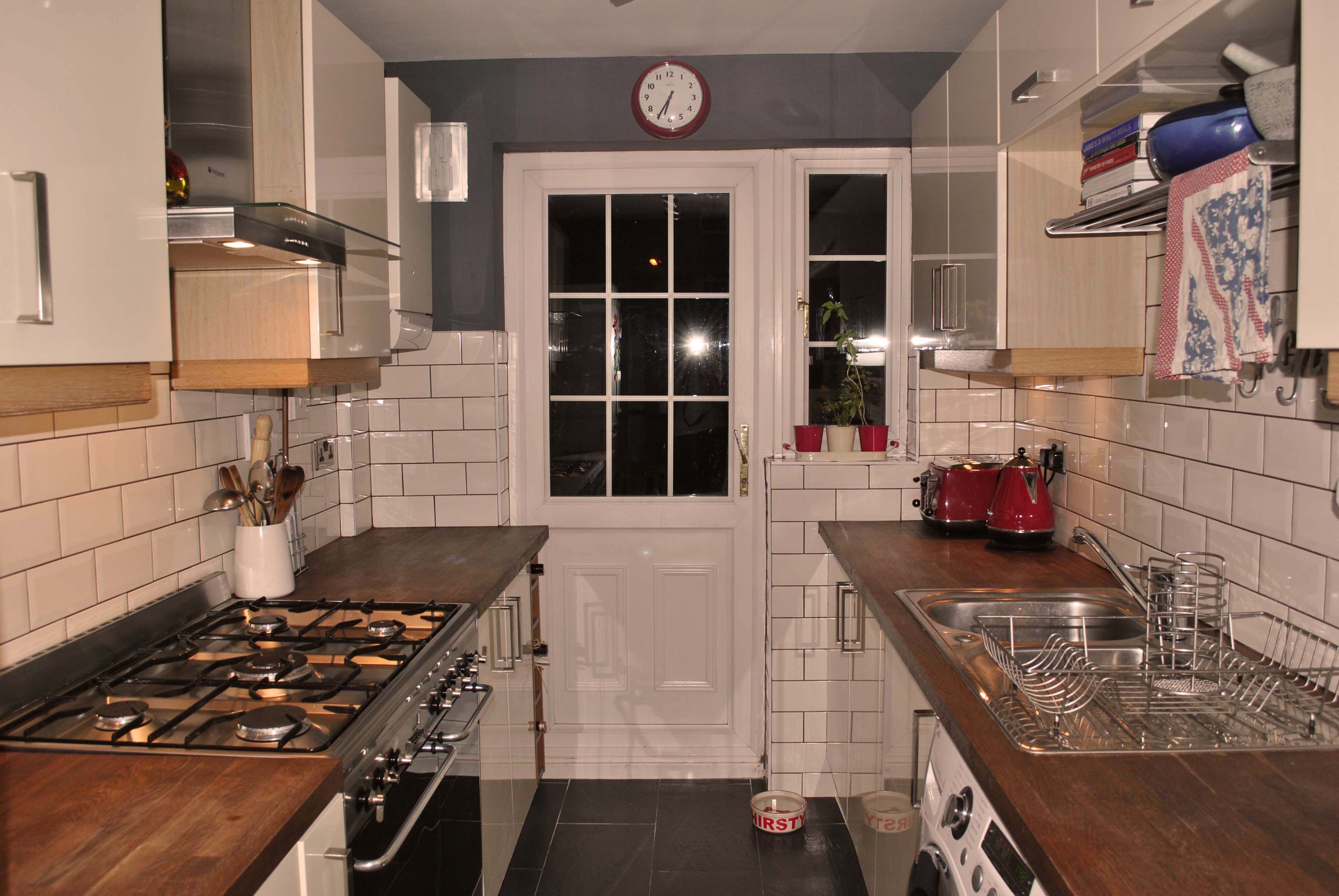 My Kitchen Cream Gloss Doors And Tiles Wooden Tops Slate On The