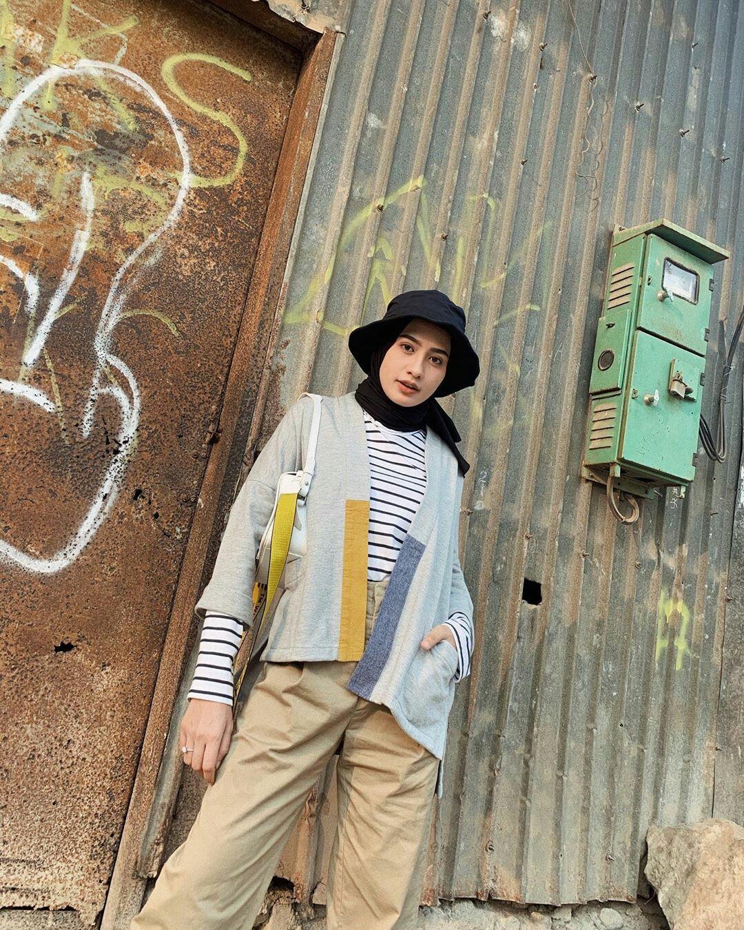 Pin oleh 🌼 di Ootd Hijab | Casual hijab outfit, Pakaian ...