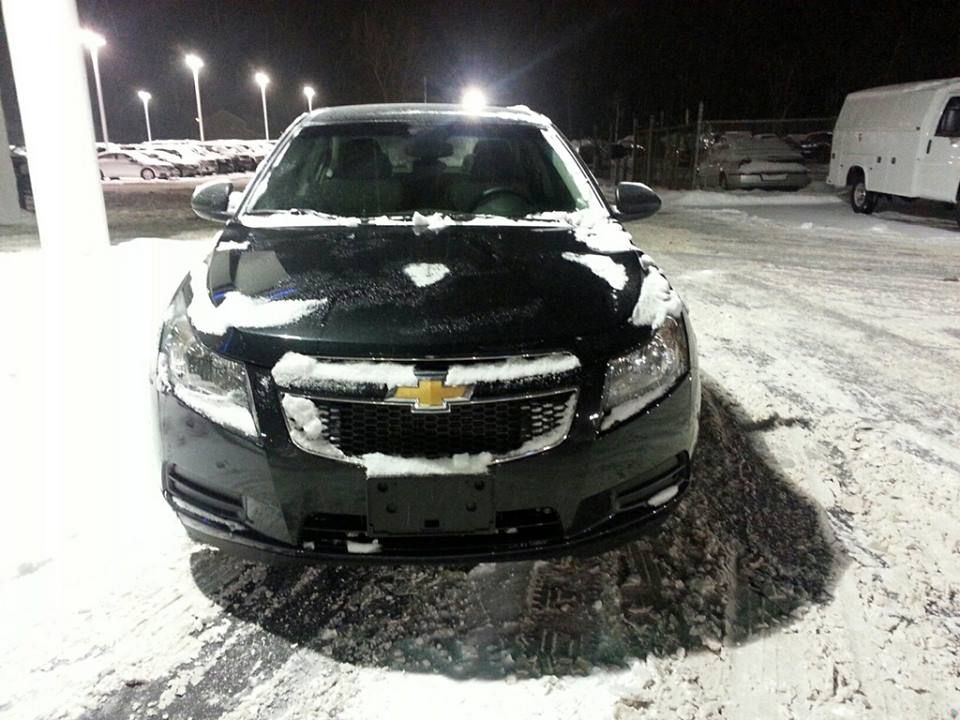 Amanda Lee S Cruze Is In For The Long Trips With It S Great Gas Mileage The Chevrolet Cruze Is An Excellent Choice For The Chevy Vehicles Chevy Cruze Cruze