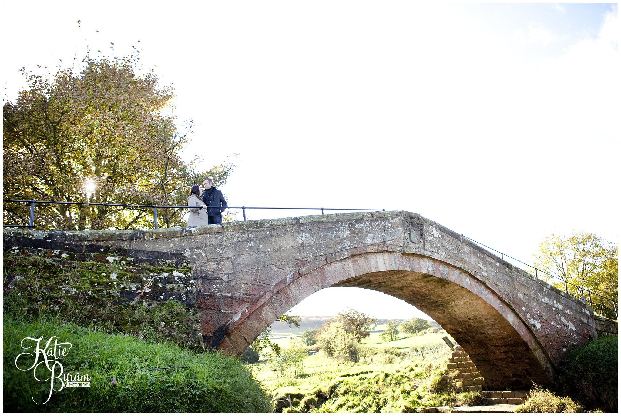 Danby Castle, Duck Bridge, North Yorkshire, Engagement photoshoot, pre-wedding photoshoot, wedding bridge, engagement, katie byram photography, engagement ideas