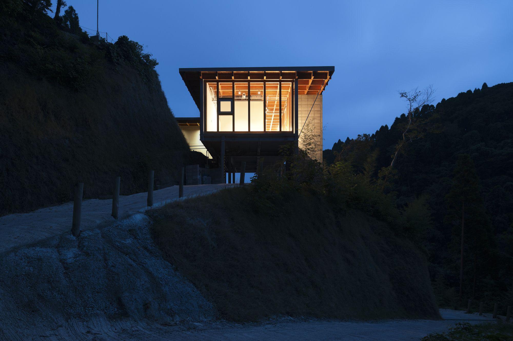 Hanare / Schemata Architects