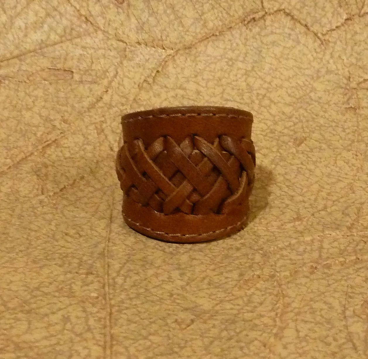 Ring-leather belt loop