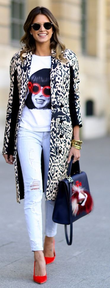How To Rock A  Graphic Tee