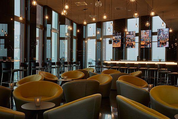 Bar 11 im hyperion hotel hamburg direkt im zentrum und in for Hamburg hotel innenstadt