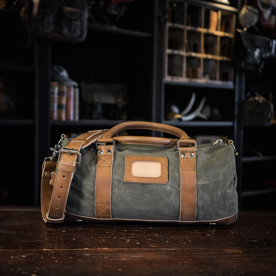 bc6333af497 Elkton Small Canvas Gym Bag For Men - Waxed Canvas   Leather ...