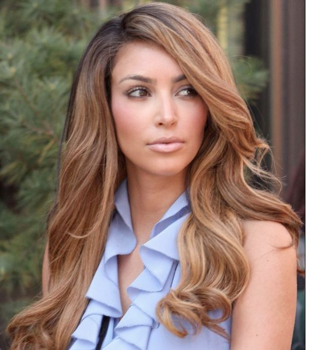 Pin by natalia najera on hair styles pinterest kim kardashian kim kardashian looks dazzling with the voluminous curls part your hair from the center and enjoy the hug of the curls the highlights on the fringe make pmusecretfo Choice Image