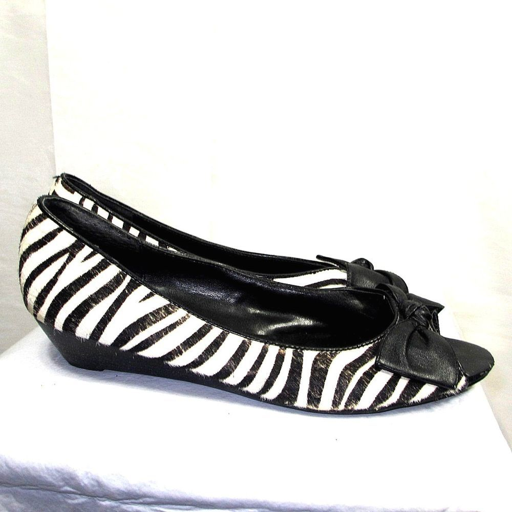 Steve Madden Brinkk Zebra Size 10 M Animal Print flats shoes black and white