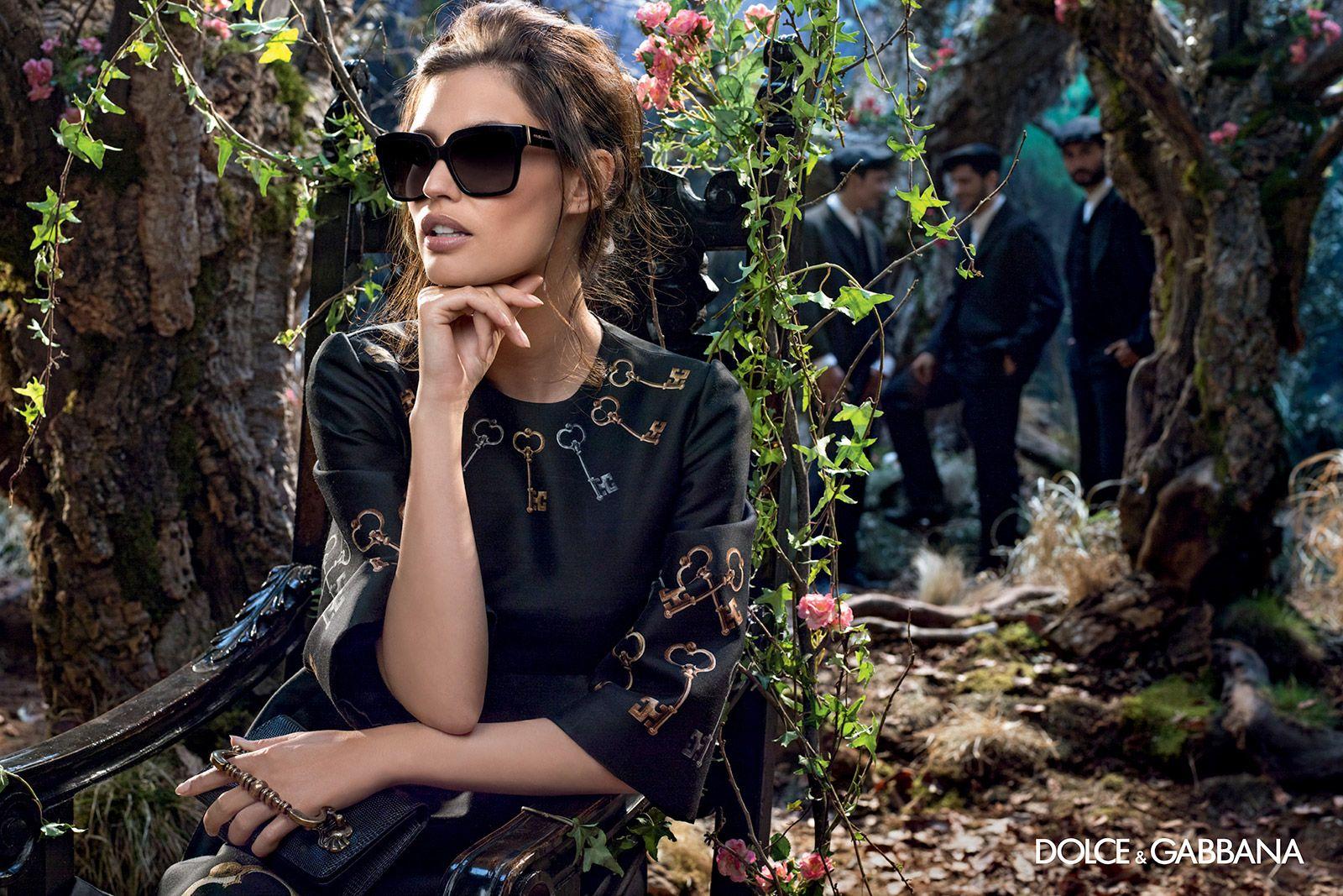 8ed8c1f03255 SUNGLASSES – WOMAN – dolce-gabbana-adv-sunglasses-campaign-winter-2015-08