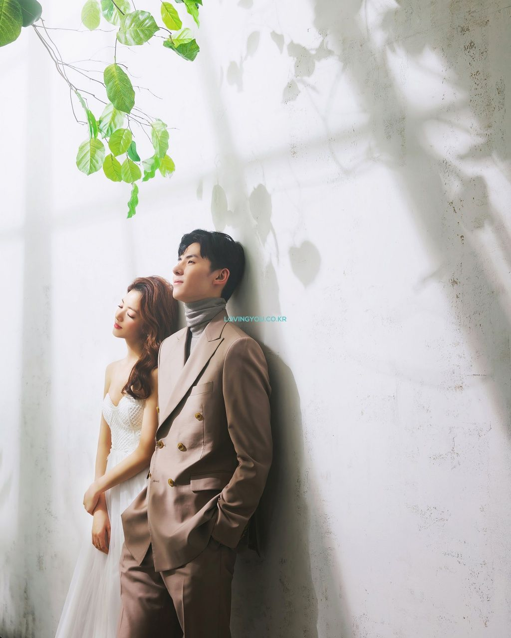 Pium Signature Korea Pre Wedding Photoshoot By Lovingyou Pose Prewedding Foto Perkawinan Foto Pengantin
