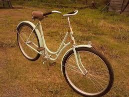 Resultado de imagem para bicicletas novas e antigas
