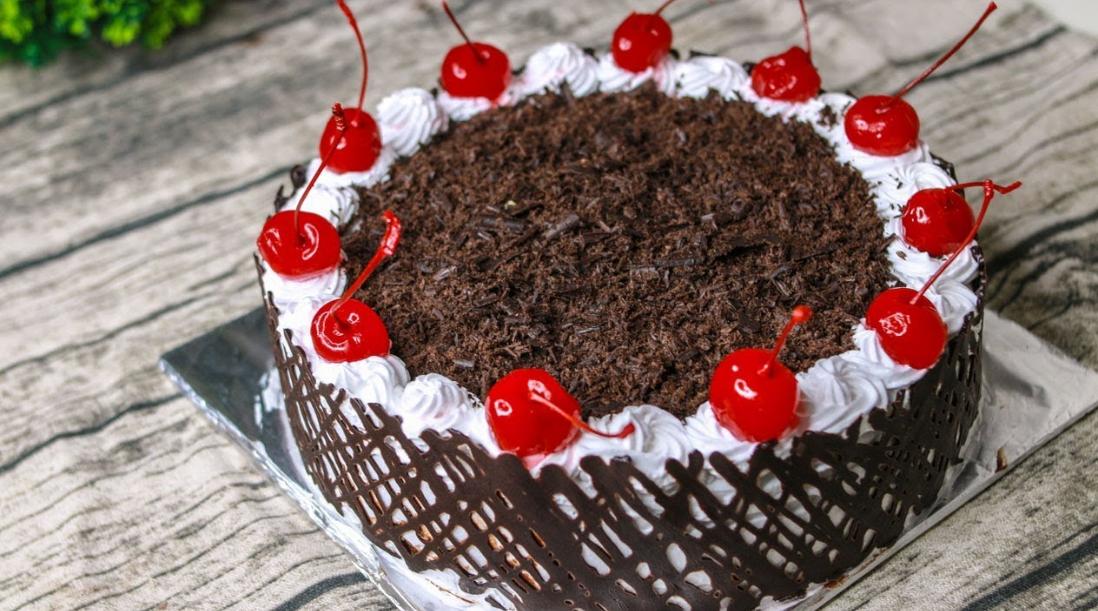 Resep Dan Cara Membuat Kue Black Forest Kukus Yang Lembut Enak Dan Istimewa Resep Kue Coklat Kue Pengantin Ungu Kue Tart