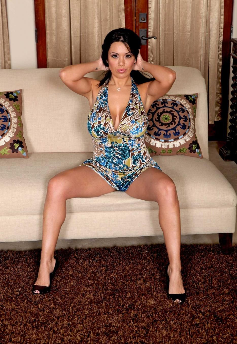 sienna west latina