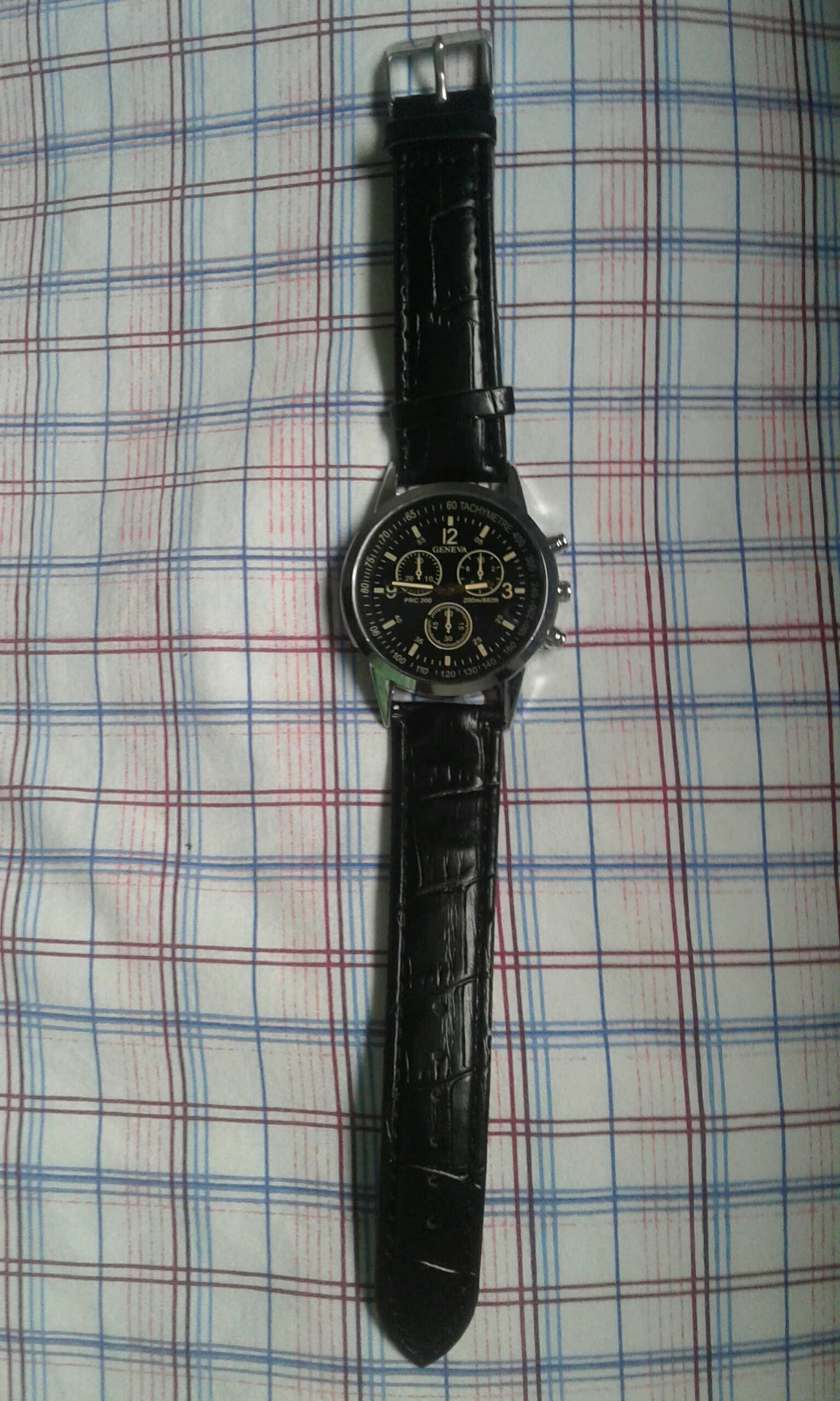 1 قطعة أزياء ووتش رجال جلدية الشريط محاكاة ثلاث عيون الطلب مضيئة كوارتز ساعة في الهواء الطلق Vova Accessories Watches