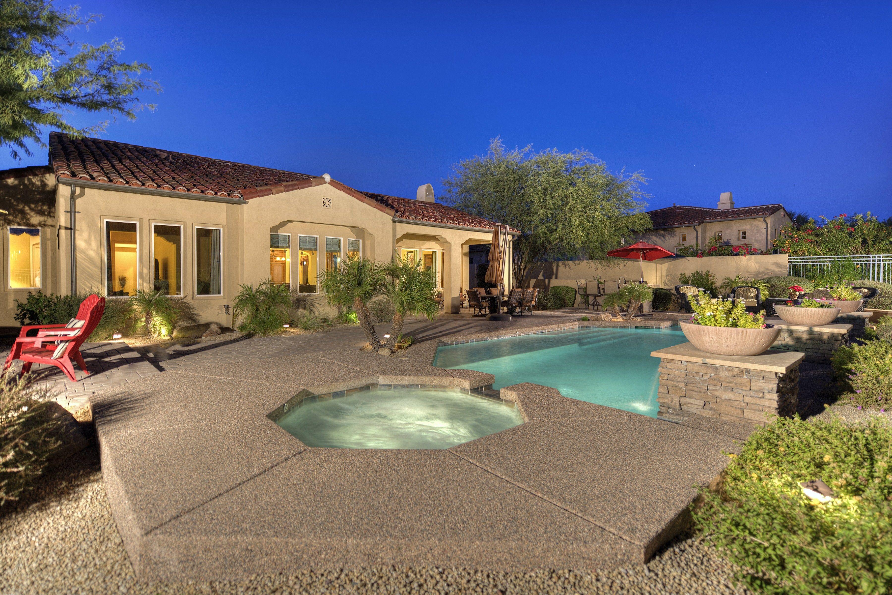 Pool And Spa Grayhawk Scottsdale Arizona Backyard Pool Landscaping Backyard Pool Scottsdale