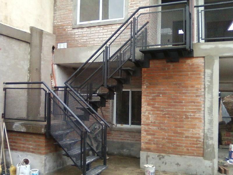 Modelos de techos para escaleras buscar con google for Modelos de escaleras exteriores