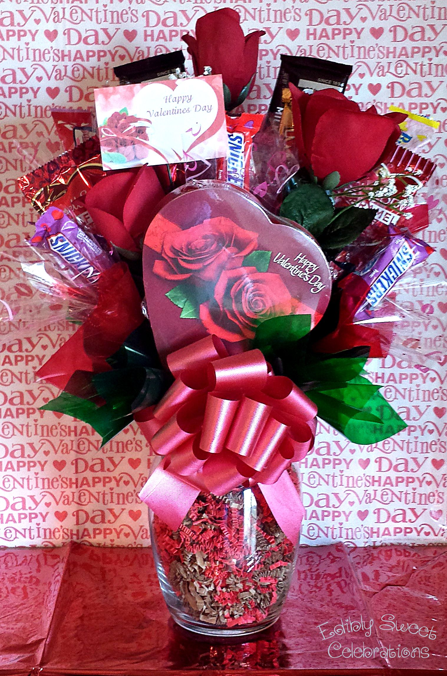 Valentine candy bouquet with silk roses candy bouquets for Valentine candy crafts ideas