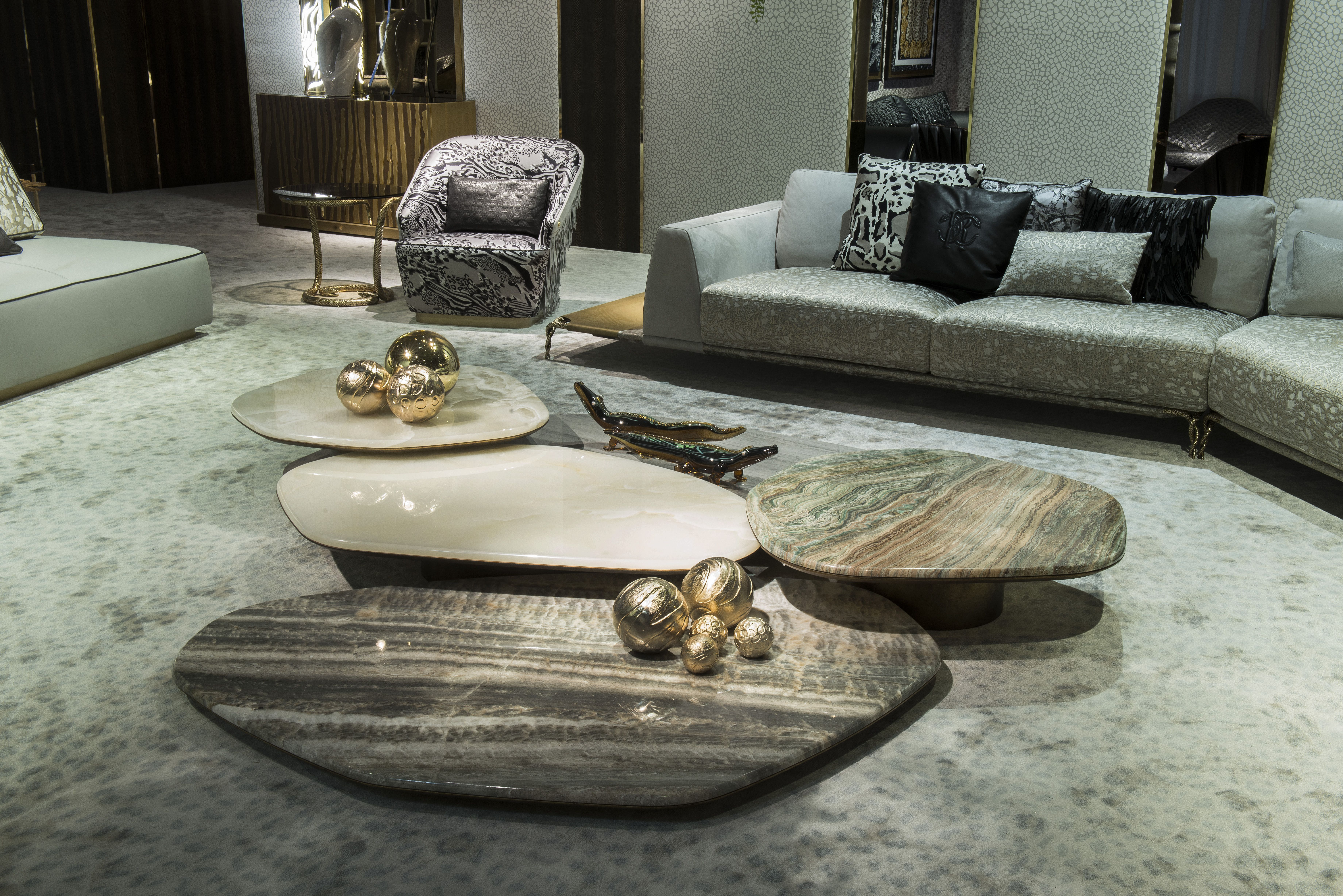 Luxury Furniture From Roberto Cavalli Home Interiors 2019 Collection Available Exclusively From Ki With Images Italian Home Decor Marble Tables Living Room House Interior