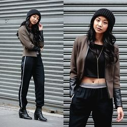 Mai Sunshine - H&M Blazer, Polo Ralph Lauren Joggers, H&M Heeled Booties, Forever 21 Black Crop Top - NYFW | The Prep