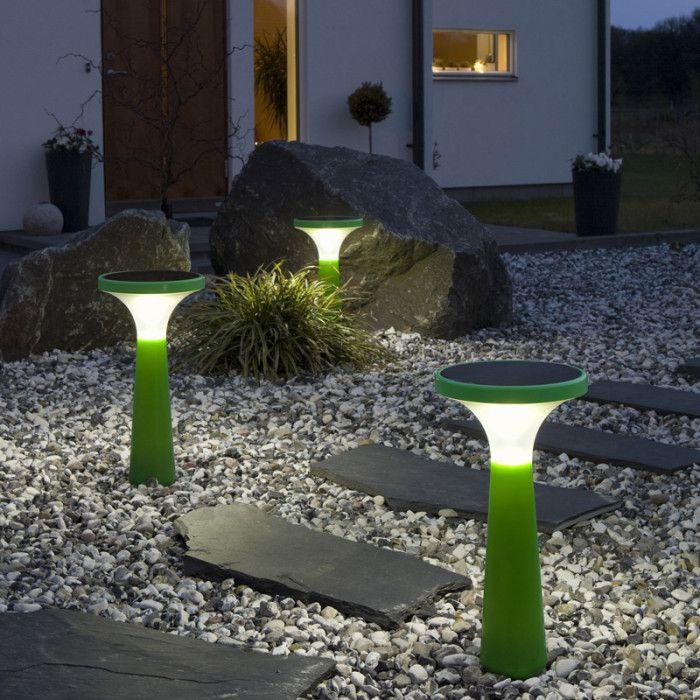 modern landscape lights - voor meer leuke lampen kijk ook eens op http://www.wonenonline.nl/woonwinkelen/leuke-design-retro-vintage-industriele-lampen/